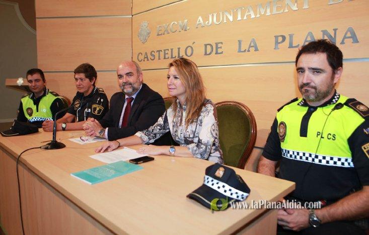La Policía Local realiza una campaña de concienciación sobre la tenencia de animales de compañía