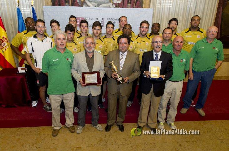 El C.A. Playas de Castellón consigue la placa de bronce de la Real Orden del Mérito Deportivo