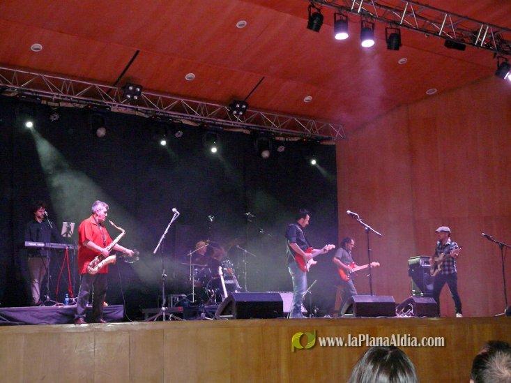 Sultans of Swing versiona a Dire Straits en Segorbe - La Plana al Dia