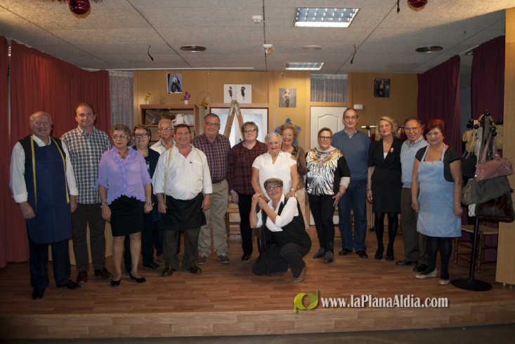 El grupo de teatro del CEAM de Oropesa del Mar interpreta 'El ... - La Plana al Dia