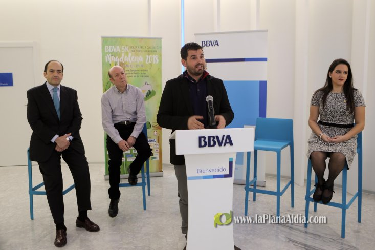 Noticias de castell es presenta la xviii volta a peu a for Bbva oficina central