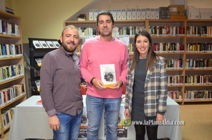Noticias de Orpesa: La novela negra 'conquista' la biblioteca de Oropesa del Mar con la obra de Pere Cervantes 'Golpes' - La Plana al Dia