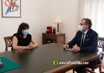 La Vilavella :: L'alcaldessa de La Vilavella es reuneix amb el President de la Diputació per valorar la situació municipal